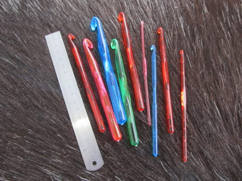 Крючки пластмассовые, пряжа для вязания интернет магазин в беларуси, пряжа бай, пряжа купить минск